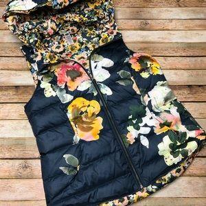 Pure & Good Aquaflora Reversible Hooded Down Vest